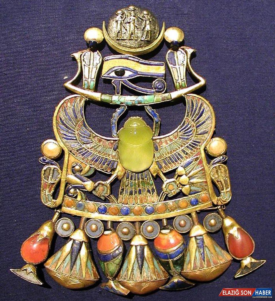 Tutankhamun'un Mezarındaki Bir Cam Parçasının Sırrı Çözüldü