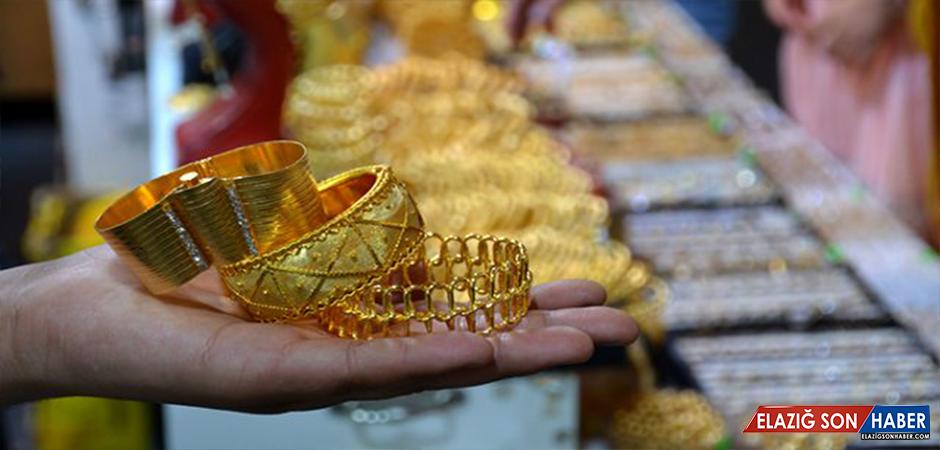 Tarihi kapalı çarşıda 40 liraya satılan Maraş burma bilezik vatandaşların gözdesi oldu