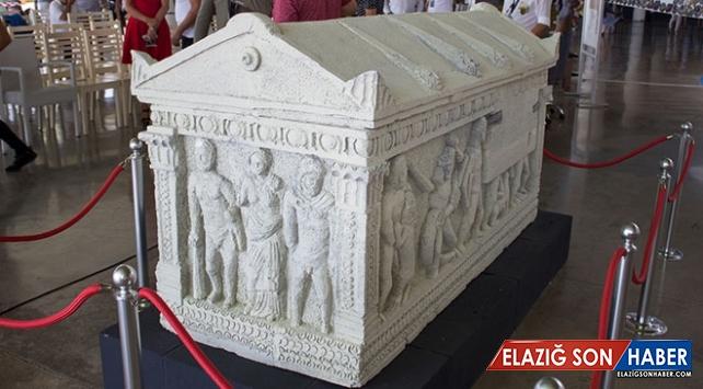 Herakles Lahdi'nin kopyası Antalya'da sergileniyor