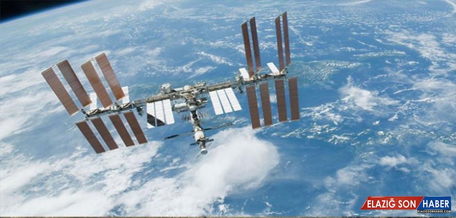 Rus Mekiği Uzay İstasyonuna Bağlanamadı