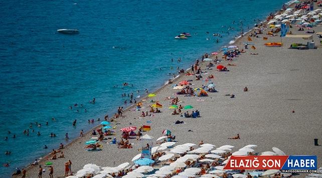 Antalya'ya gelen Rus turist sayısında yüzde 14'lük artış var