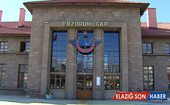 Erzurum Gar Müzesi'nde asırlık araçlar sergileniyor