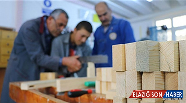 İŞKUR'un eğitim programlarından 379 bin 224 kişi yararlandı