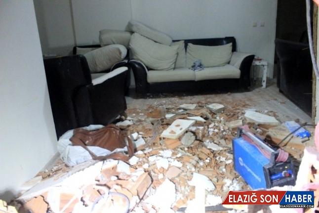 Şişli'de kontrolden çıkan otomobil evin salonuna daldı!