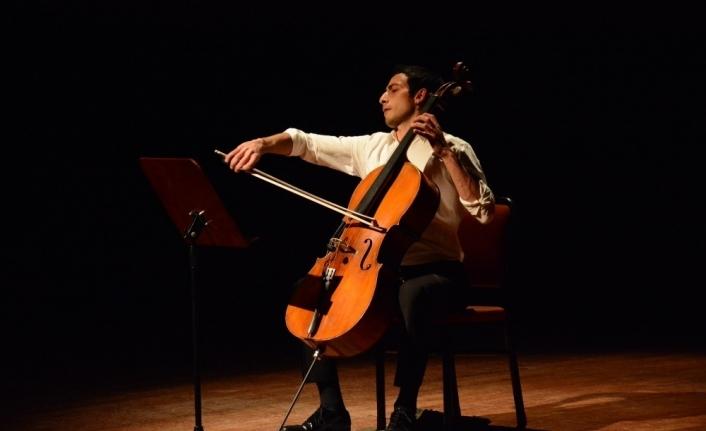 Anadolu Üniversitesi Devlet Konservatuar'ından 'Viyolonsel ve Oda Sınıfı' konseri