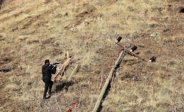 Hakkari'de öğrenci servisi şarampole devrildi: 2 ölü, 10 yaralı