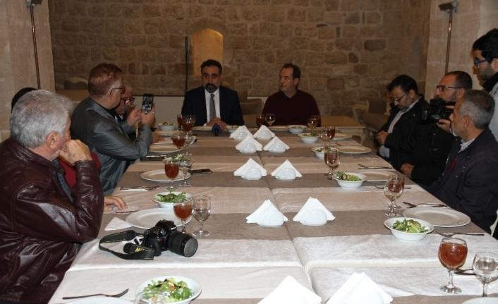 Mardin'in turizmi Artuklu Üniversitesi öğrencileriyle canlanacak