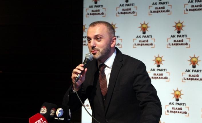 AK Partili Kandemir, teşkilat buluşması programında konuştu: