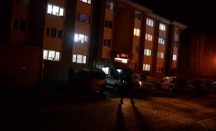 Iğdır'da bir kişi eşini öldürüp intihar girişiminde bulundu