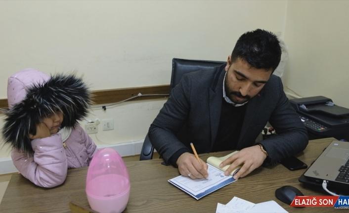 Minik Zeynep, kumbarasındaki harçlıklarını İdlib'deki çocuklara bağışladı