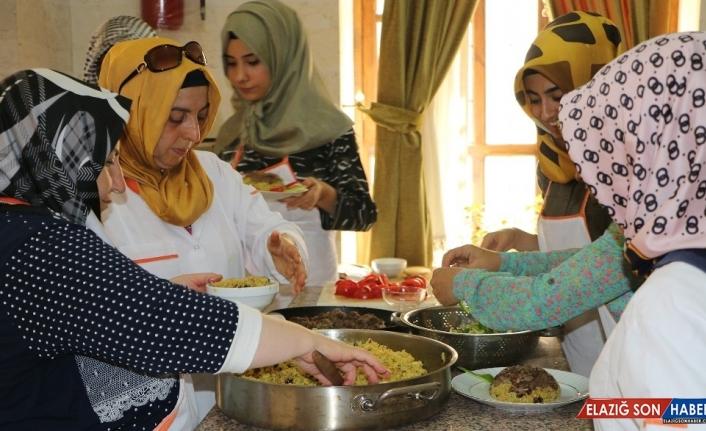 Şanlıurfa'da ücretsiz yöresel yemek kursu düzenleniyor