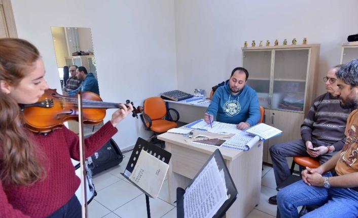 Büyükşehir Konservatuvarı Oda Orkestrası seçmeleri yapıldı
