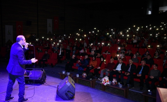Çayırova'da Ömer Karaoğlu konseri