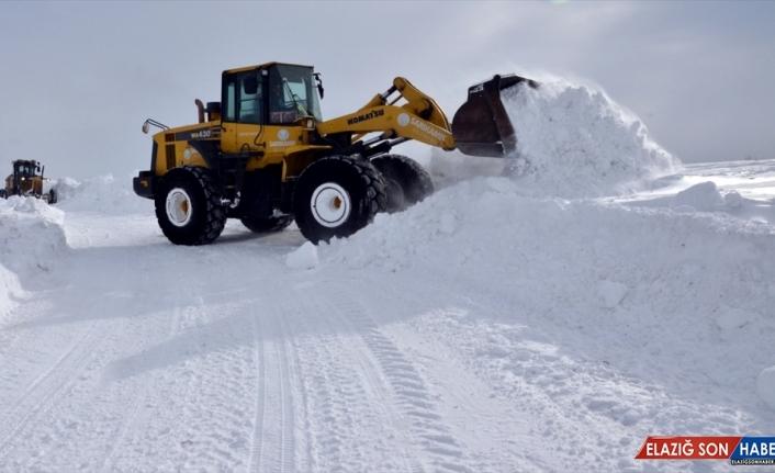 Doğu Anadolu'da kar ve soğuk hava etkisini sürdürüyor