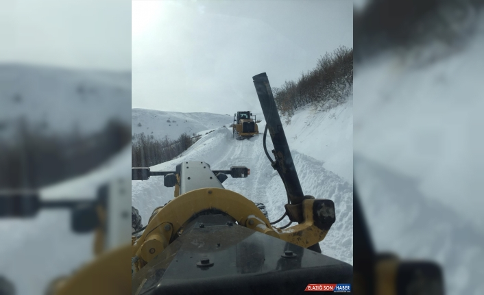Erzurum'da kar nedeniyle mahsur kalan 29 hasta, sağlık merkezlerine ulaştırıldı
