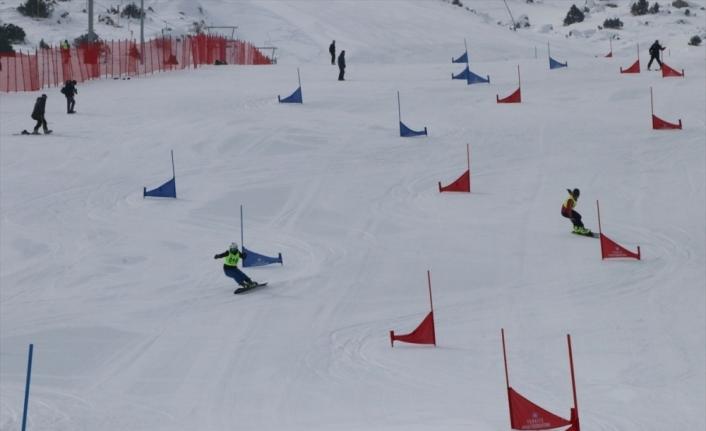 Snowboard 2. Etap Yarışmaları, Erzincan'da başladı