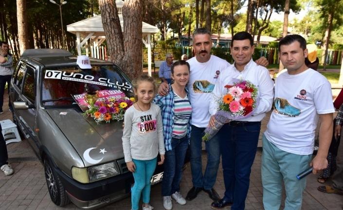 Uno tutkunları Kepez'de buluşuyor