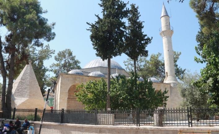 630 yıllık caminin restorasyonu iki yılda tamamlanamadı