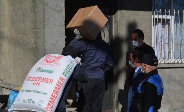 Hakkari'de 1384 aileye devletin yardım eli uzatıldı