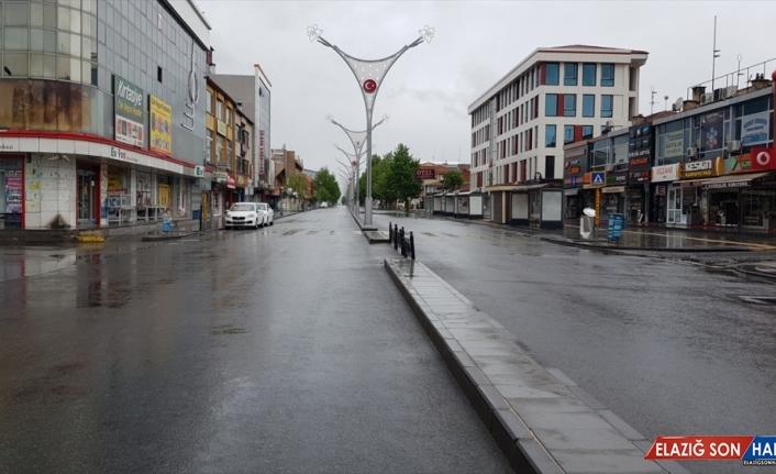 Doğu Anadolu'da Ramazan Bayramı'nın ilk günü sokaklar boş kaldı