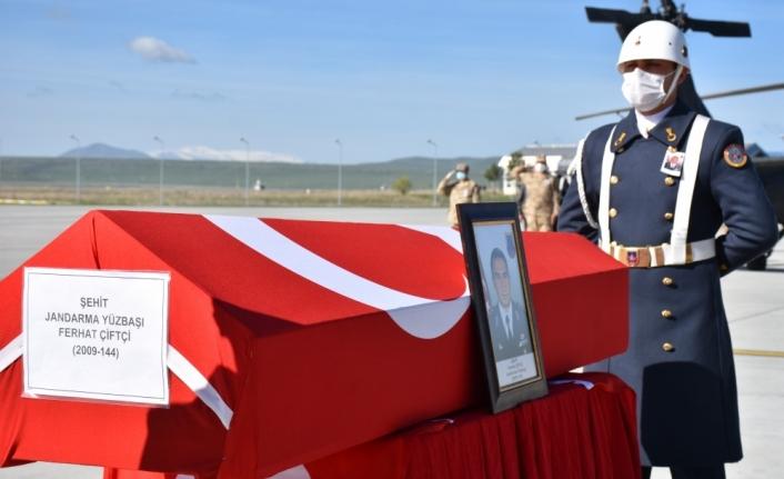 Kars'ta şehit olan Bölük Komutanı Yüzbaşı Ferhat Çiftçi, memleketi Isparta'ya uğurlandı