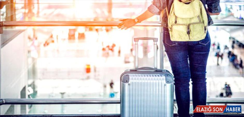 Tatile Çıkacak Vatandaşlarına Günlük 1.250 Lira Verecek