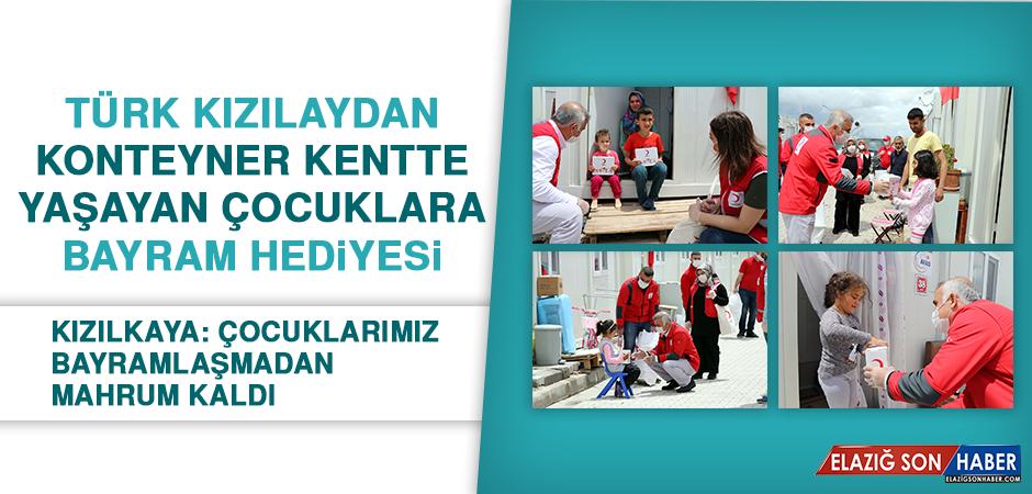 Türk Kızılaydan Konteyner Kentte Yaşayan Çocuklara Bayram Hediyesi
