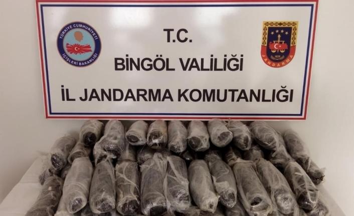 Bingöl'de 50 kilogram esrar ele geçirildi