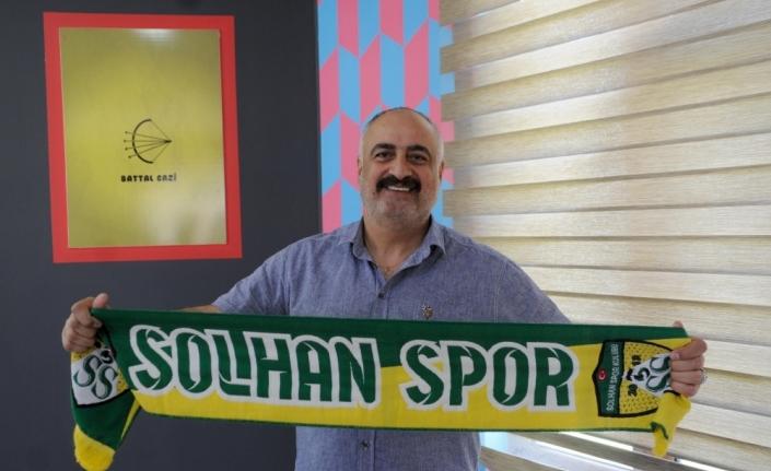 Solhanspor Erkek Voleybol Takımı'nın yeni antrenörü Ahmet Reşat Arığ oldu