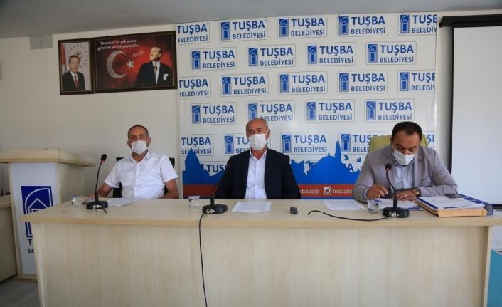 Van'da AK Partili meclis üyeleri Çatak'taki terör saldırısını kınadı