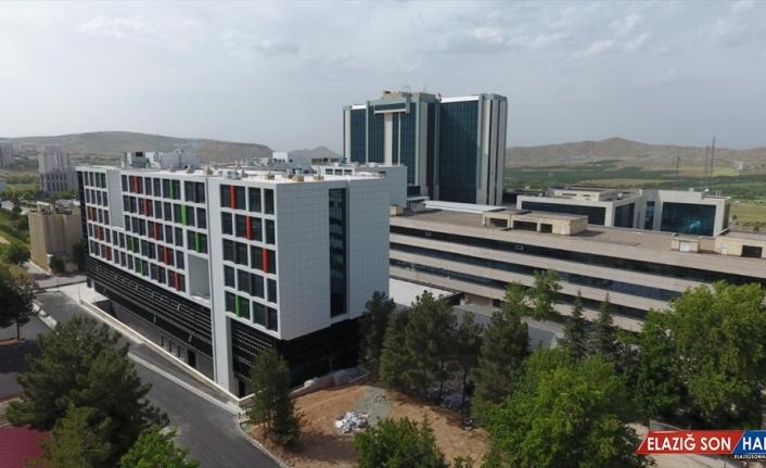 Malatya'da 217 yataklı onkoloji hastanesi hizmete başladı