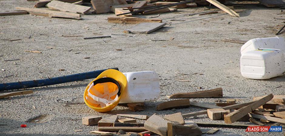 Kırşehir'de Freni Boşalan Kamyonetin Altında Kalan İşçi Öldü
