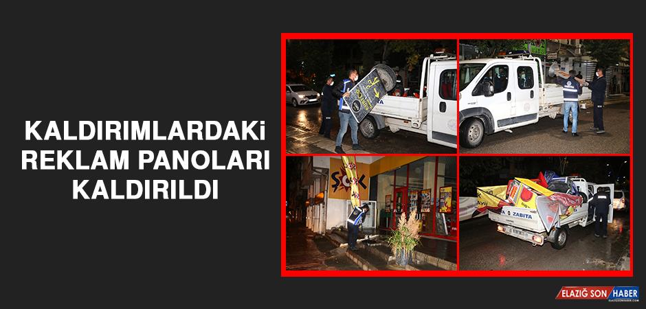 Kaldırımlardaki Reklam Panoları Kaldırıldı