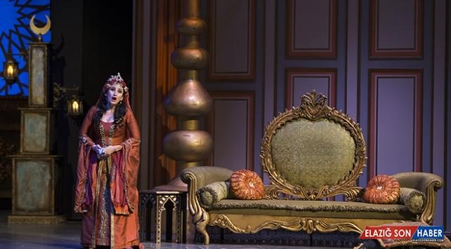 """""""Saraydan Kız Kaçırma"""" operası COVID-19'a göre yeniden kurgulandı"""