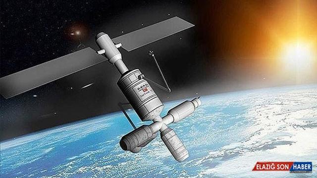 Bakan Karaismailoğlu: Pazartesiyi salıya bağlayan gece 5A uydumuzu uzaya fırlatacağız