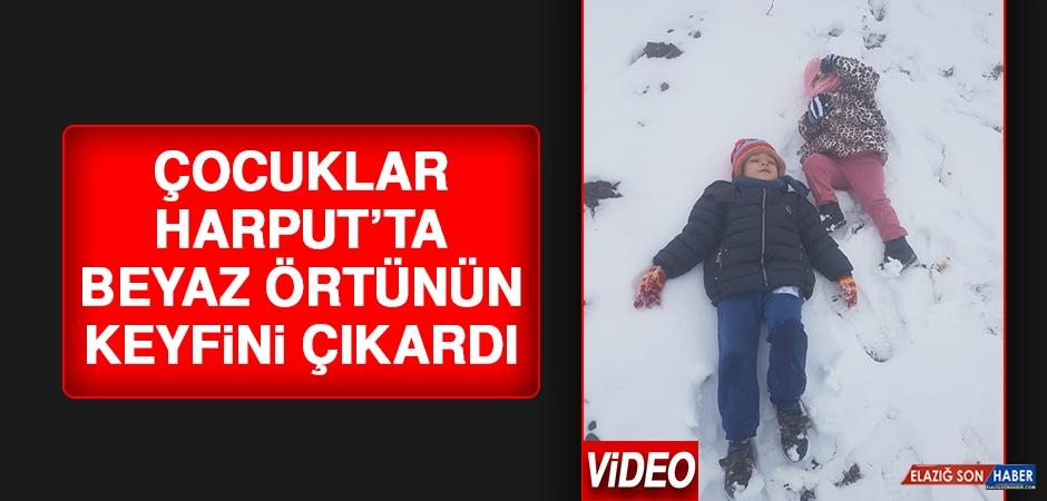 Çocuklar Harput'ta Beyaz Örtünün Tadını Çıkardı