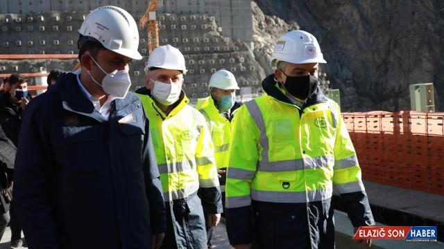 3 bakan Yusufeli Barajı'ndaki çalışmaları inceledi