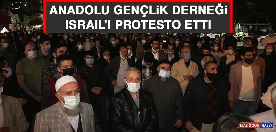 Anadolu Gençlik Derneği İsrail'i Protesto Etti