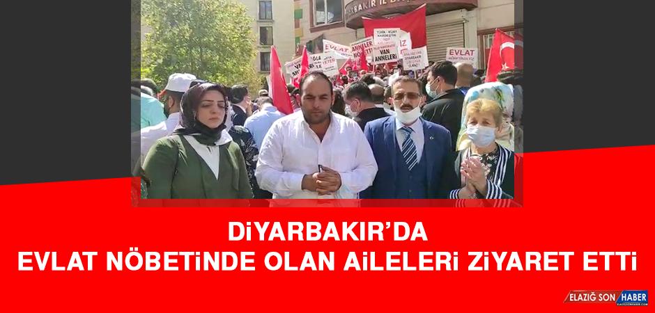 Diyarbakır'da Evlat Nöbetinde Olan Aileleri Ziyaret Etti