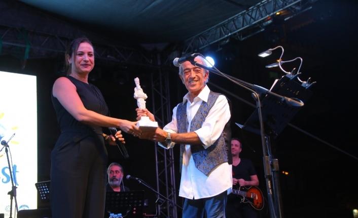 EFEST 2021'de Edip Akbayram konseri