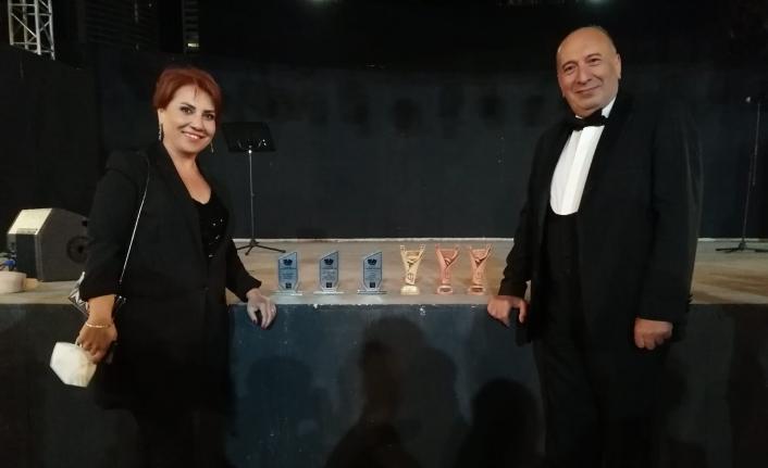Mersin Büyükşehir Belediyesi Şehir Tiyatrosu 5 ödüle layık görüldü