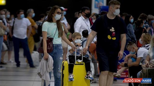 Antalya'ya gelen turist sayısı 7 milyonu aştı