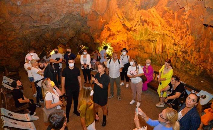 Turizm merkezi Alanya, ünlülerin rotası oldu