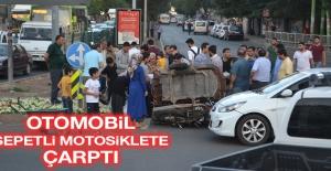 Sepetli Motosiklet İle Otomobil Çarpıştı: 2 Yaralı