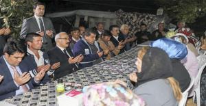 Kalkınma Bakanı Elvan Şehit Ailesini Ziyaret Etti
