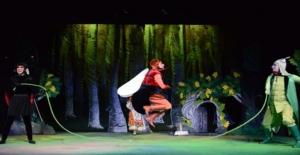 Devlet Tiyatroları Çocuklara İyiliği 'Altın Kız' İle Öğretecek