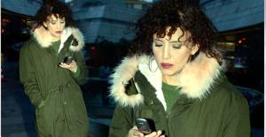 Güzel Oyuncu Nehir Erdoğan, Akıllı Telefon Kullanmıyor
