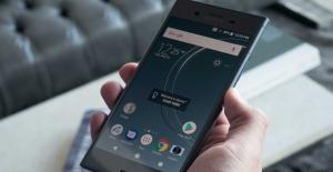 Sony'nin Gizemli Üst Düzey Telefonu Ortaya Çıktı
