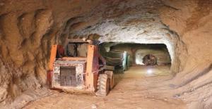 25 Kilometrelik Tüneller De Eteklileri Kurtaramadı