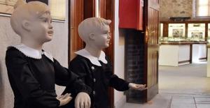 Eğitim Tarihi Müzesi'nde 120 Yıllık Araç Gereçler Sergileniyor